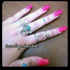 Jewelry - 📢LAST 1!📢 ✌Boho Midi Ring Set
